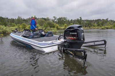 fx20 bass boat with shallow water anchors deployed