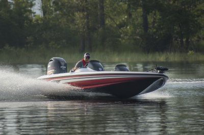 safe bass boat makes controlled turn