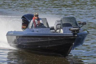 mx2040 makes for a very versatile deep v fishing boat