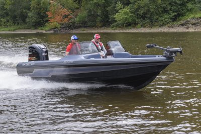 mx2040 handles rough water with ease