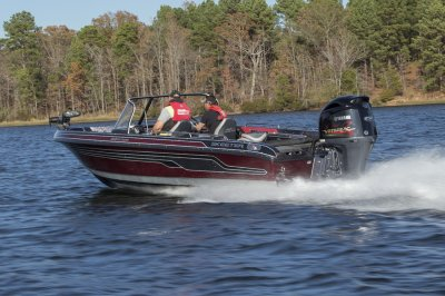 yamaha sho powers big deep v fishing boat