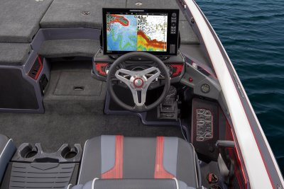 helm of skeeter fx 21 edition bass boat