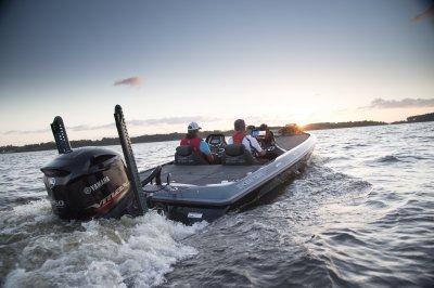 skeeter FX21LE bass boat