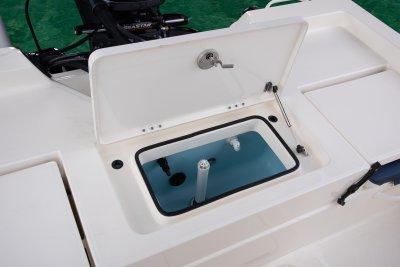 rear bait well open on sx210 bay