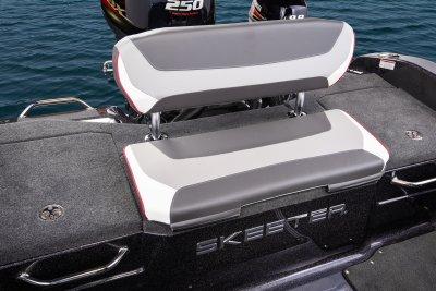 2019 skeeter WX2060 Deep-v Boat
